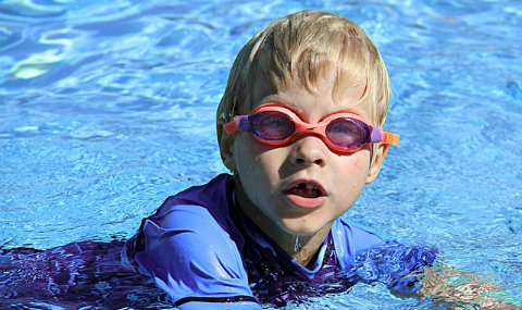 Brent dolphins swimming club for Wokingham swimming pool timetable